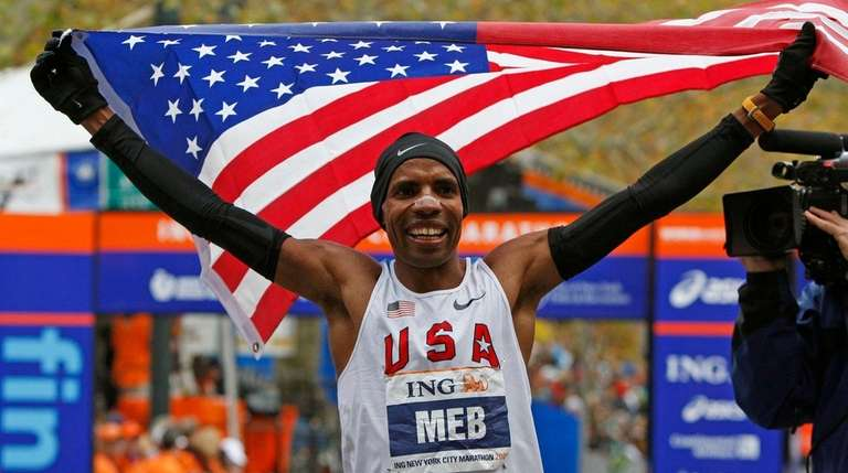 In this Nov. 1, 2009, file photo, Meb