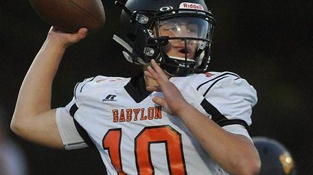 Babylon's Joe Rende throws a pass during a