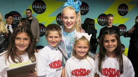 Kidsday reporters Marisa Patrissi, left, James Sullivan, Jessica
