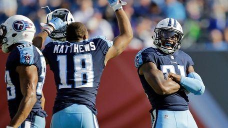 Tennessee Titans wide receiver Rishard Matthews celebrates with