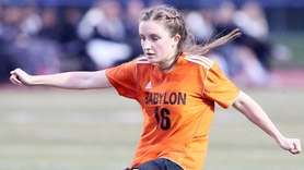 Babylon's Sophie Ryan takes a shot on goal