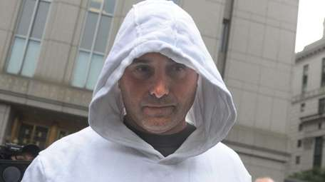 Craig Carton leaves federal court on Wednesday, Sept.