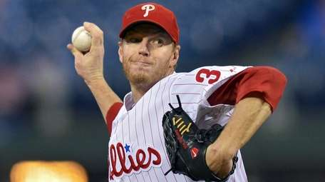 Roy Halladay of the Phillies delivers against the