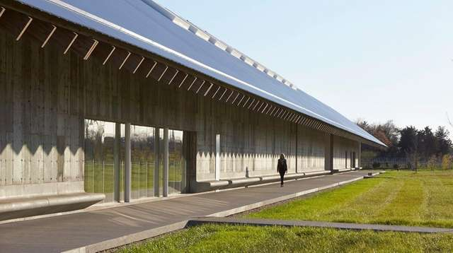 The architecture of the Parrish Art Museum and