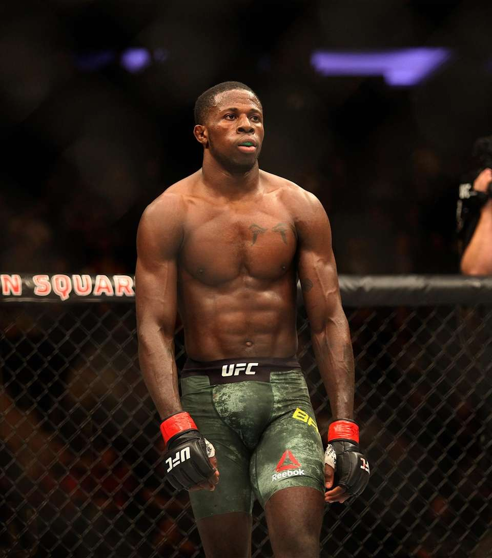 Randy Brown prepares to face Mickey Gall in