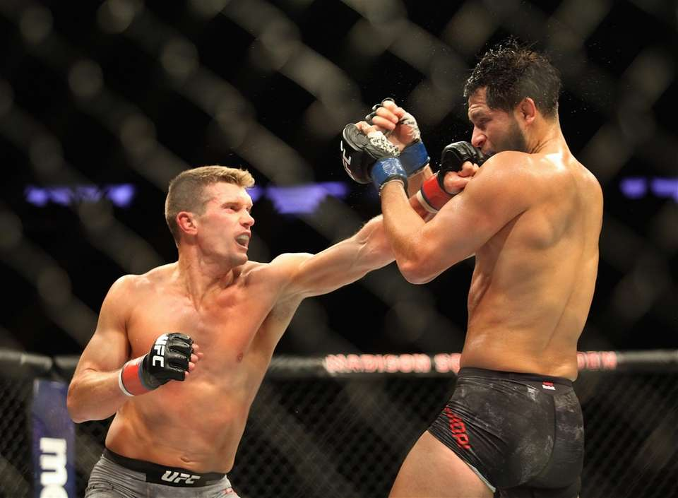 Stephen Thompson, left, and Jorge Masvidal fought in