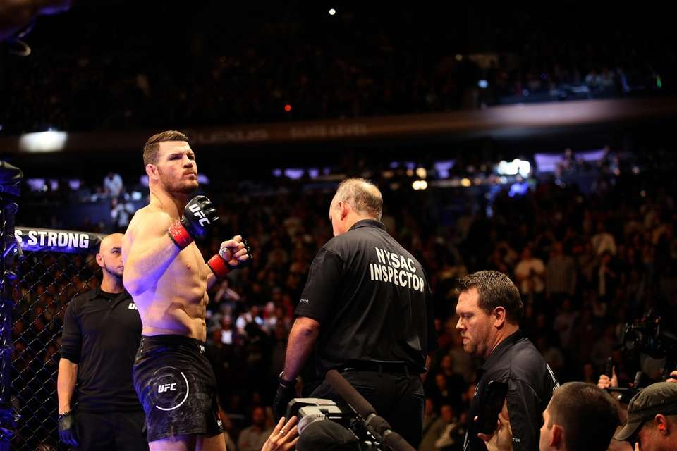 Michael Bisping prepares to defend his middleweight title
