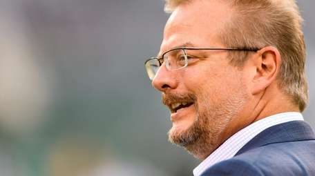 Jets GMMike Maccagnan before a game against the
