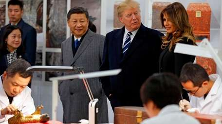 From left, China President Xi Jinping, President Donald
