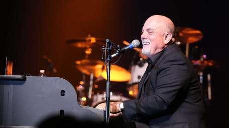 Billy Joel makes a surprise appearance with Big