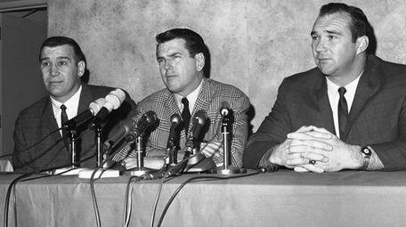 Bears defensive star Joe Fortunato, left, with coach