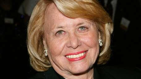 Liz Smith, seen on May 1, 2003, wrote