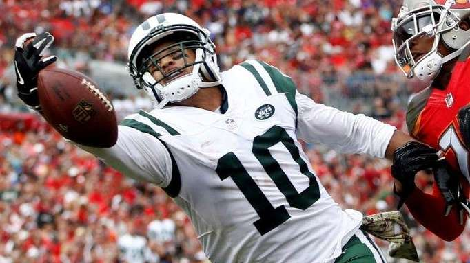 Jets receiver Jermaine Kearse can't make the catch