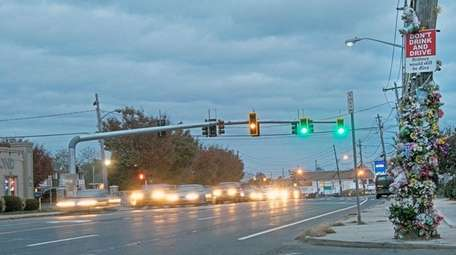 A new traffic light was installed on Montauk