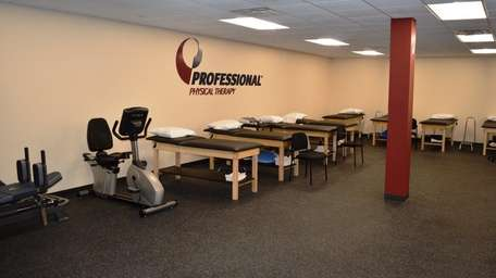Professional Physical Therapy's clinic in Hauppauge, one