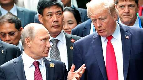 U.S. President Donald Trump, right, and Russia's President