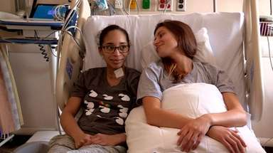Lori Interlicchio, right, donated a kidney to
