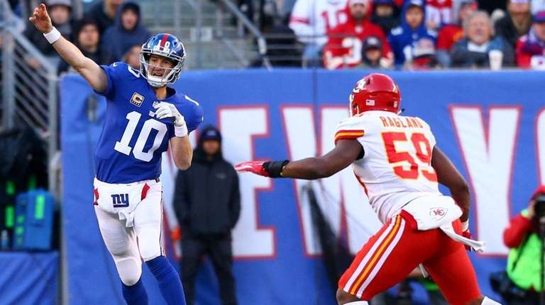 Eli Manning, who was not sacked, gets out