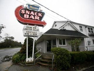 Modern Snack Bar in Aquebogue has been run