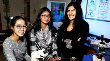 Left to right, Jiachen Lee, Arooba Ahmed and