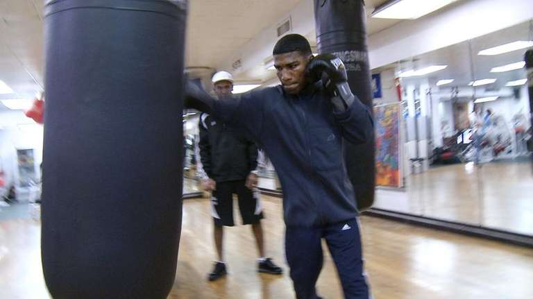 Cuban boxer Yuriorkis Gamboa trains at the Kingsway