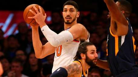 Enes Kanter of the Knicks controls the ball against
