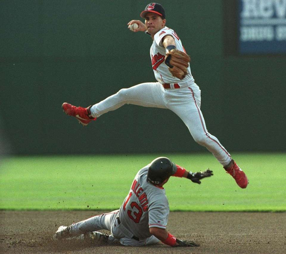 A great defender at shortstop, Omar Vizquel won