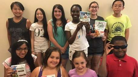 Kidsday reporters who tested Pure Growth Organic snacks,