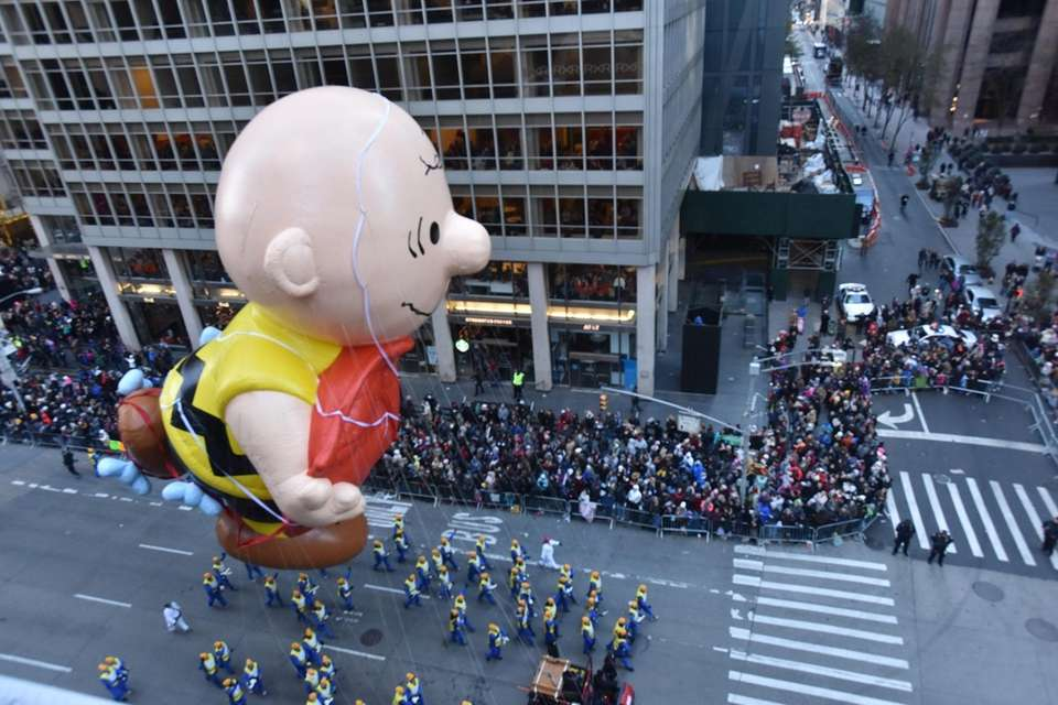 It was a Charlie Brown Thanksgiving on Sixth