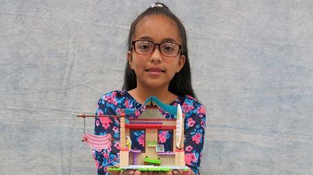 Kidsday reporter Maria Cruz built Mega Construx American