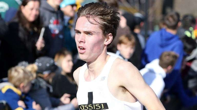 Mason Gatewood takes 10th in 15:54.8 at the