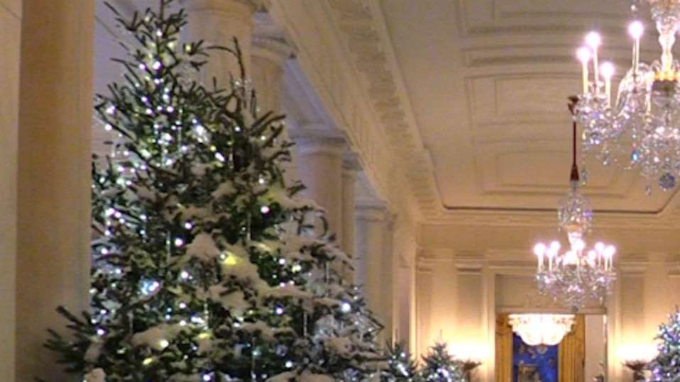 first lady melania trump unveils white house christmas decorations