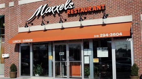 Exterior of MAXXELS, 526 Jericho Tpke., Mineola. 2/21/2007.