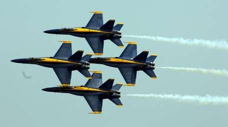 AIRCRAFT:  Six FA-18 Hornets. THE SHOW: The six