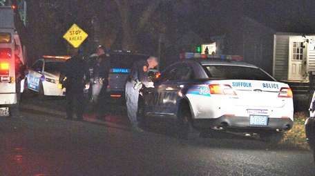 Suffolk County police and EMS respond to Prospect