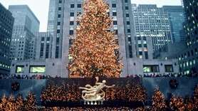 Holiday lights adorn the 1985 Rockefeller Center Christmas