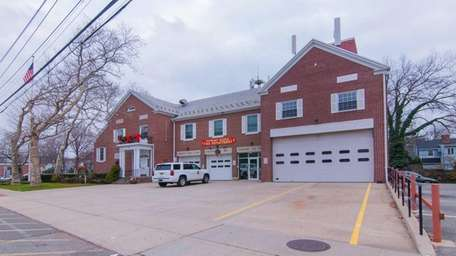 The Stewart Manor Fire department and Village Hall