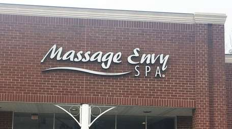 A worker at this Massage Envy in Glen