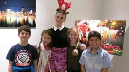 Actress Lizzy Greene with Kidsday reporters, from left,