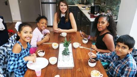 Celebrity chef Gemma Stafford and Kidsday reporters, from