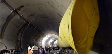 Early tunnel work for major East Side Access