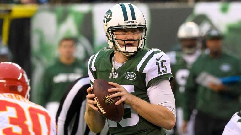 Jets quarterback Josh McCown during the second half