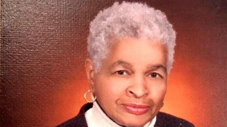 Clarice Donaldson, a pioneering black female psychiatrist, died