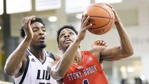 Stony Brook's UC Iroegbu goes against LIU Brooklyn's