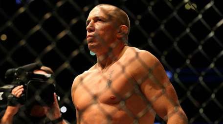 Georges St-Pierre waits to fight Michael Bisping in