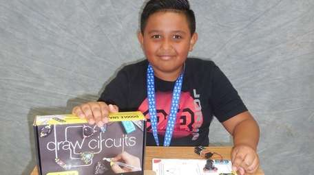 Kidsday reporter Marvin Acosta Garcia tested the Draw
