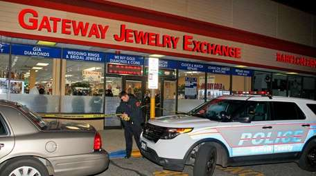 Gateway Jewelry Exchange in North Patchogue, where