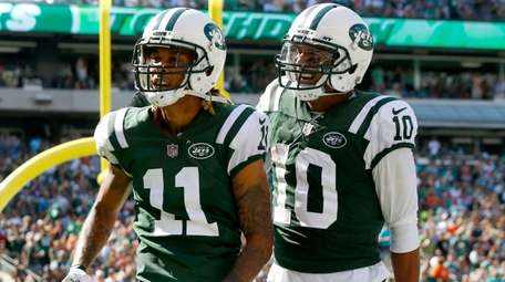 Jets wide receiver Robby Anderson celebrates his touchdown