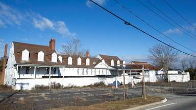 The Canoe Place Inn in Hampton Bays on