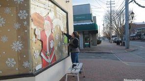 Marianne Wegener is a decorative window artist and